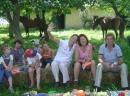 Lustige Runde auf dem Weinberg